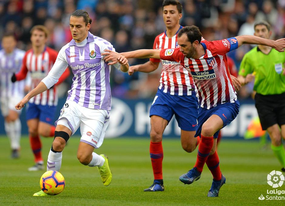 El VAR y la suerte tumban al Real Valladolid ante el Atlético de Madrid