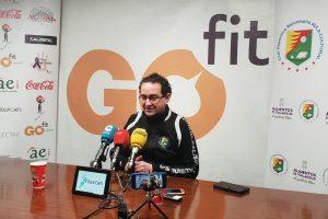 Míguel Ángel Peñas en la sala de prensa