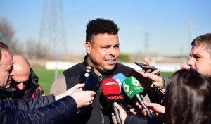 Ronaldo con los medios de comunicación