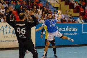 Manu García en un partido de esta temporada