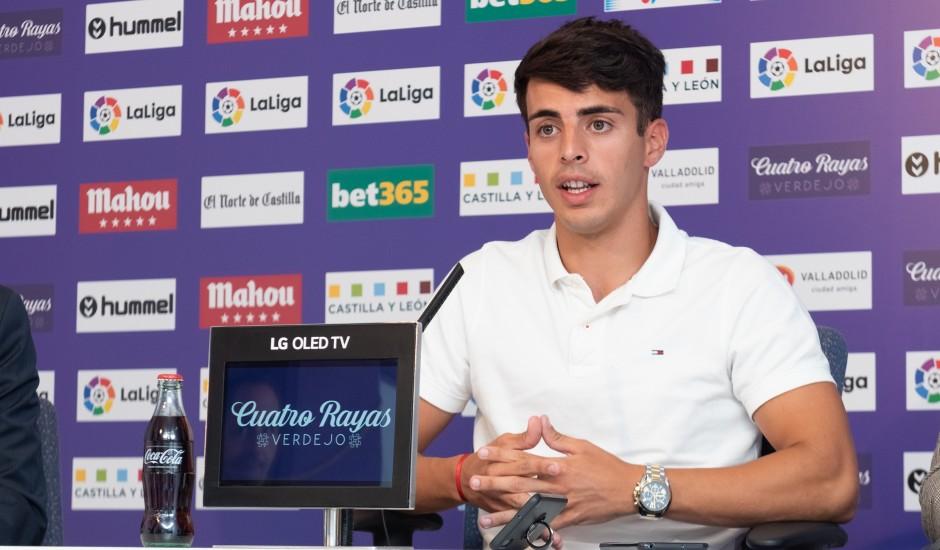 Álvaro Aguado en su presentación