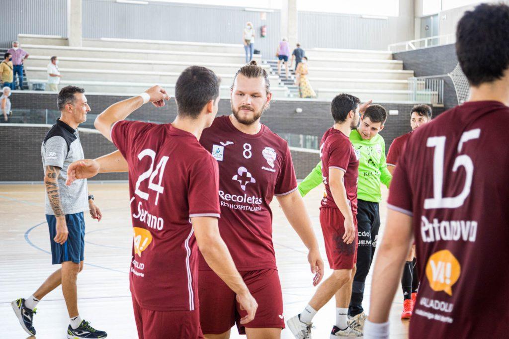 El Recoletas debuta en la presente Liga Sacyr Asobal en cancha del Bathco Torrelavega